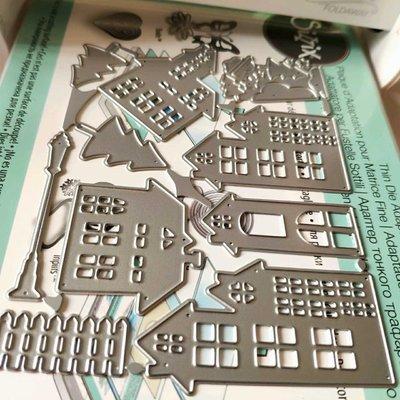 阿里家 scrapbook DIY手賬薄板模具  19037 房屋 樹木 路燈 圣誕 10個裝