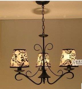 {美學}歐式地中海吊燈三頭鐵藝V塑料罩餐廳燈臥室燈書房燈 黑色3頭燈MX-2183