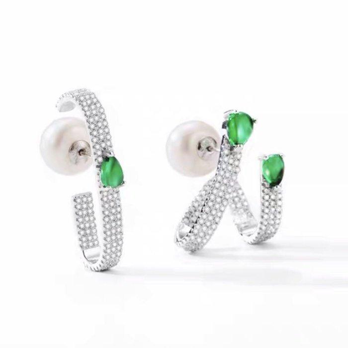 💎1697、優雅巴黎名媛薄荷綠一字變形微鑲耳環💎 名牌精品 耳環 香奈兒 Chanel 愛馬仕 迪奧