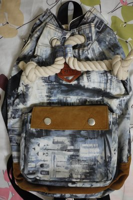 RITE雙生包 拳擊包 探索包 印花白 七成新 側背包 肩背包 後背包 兩用包 防潑水 手提托特袋 京站時尚廣場 托特包