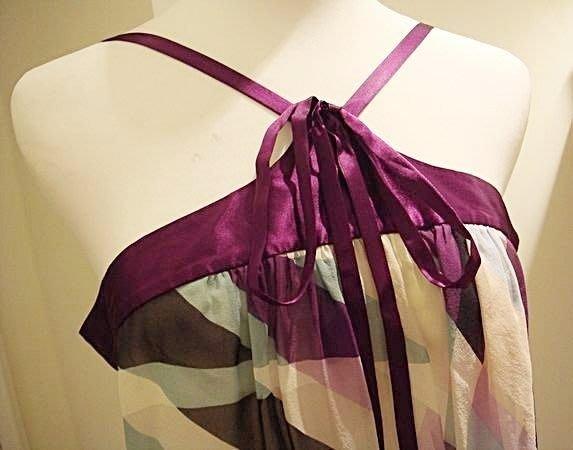 全新美國名牌 BCBG MAXAZRIA 絲質超美綁帶設計款上衣,多種穿法,低價起標無底價!本商品免運費!