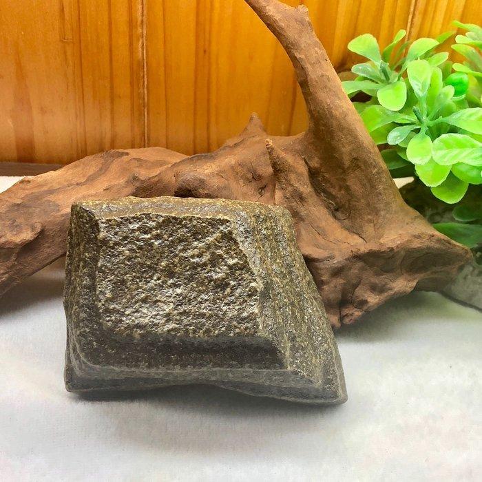 [馬克與安]小品配件-新疆戈壁泥石原石/尺寸:7*4*3cm