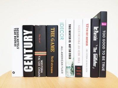 【現貨】現代風格 北歐風 英文 【一套10本隨機出貨】 仿真書 道具書 書 假書 設計師 樣品屋 裝潢 書櫃 樣品書