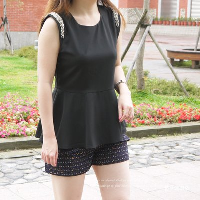 正韓 韓國連線 雙肩寶石裝飾 收腰滑布上衣(黑、黃)~桔子瑪琪朵。惠衣