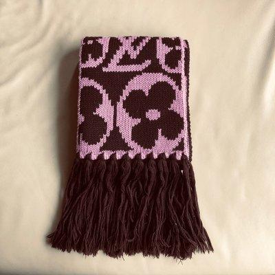 [熊熊之家3]保證正品 Louis Vuitton LV 粉紅色 長方型 披肩 圍巾