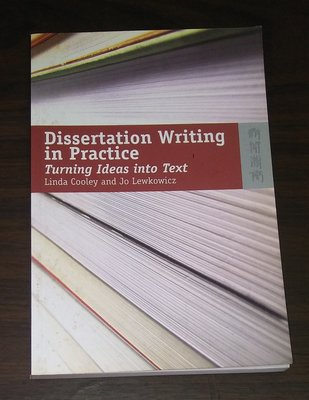 Dissertation Writing in Practice  ◎大納悶泡泡書屋(BE12-4)