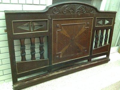 【黑狗兄】早期原木雕花飾板----CE-01