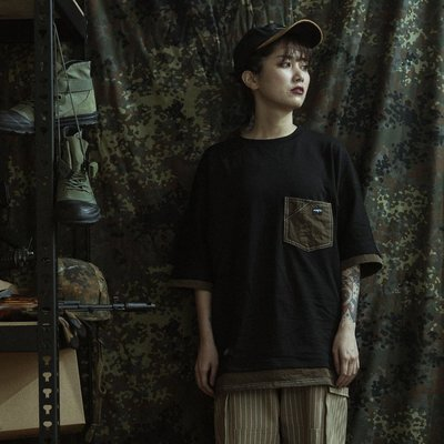 """GHK """"Abstract Collection"""" 2 TONE TEE 黑/軍綠"""