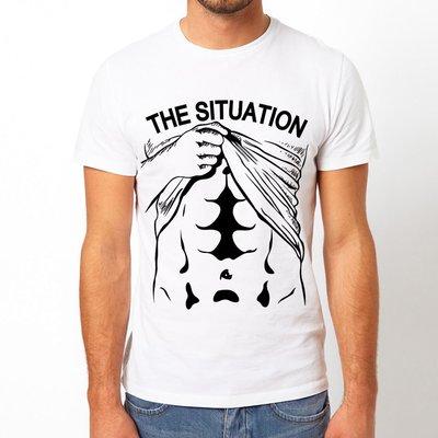 【Dirty Sweet】The Situation 短袖T恤-白色 假腹肌趣味幽默插畫設計