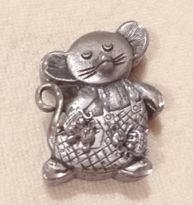 正品(現貨) - 超可愛的小老鼠/耳環/項鍊/別針/珠寶盒一組