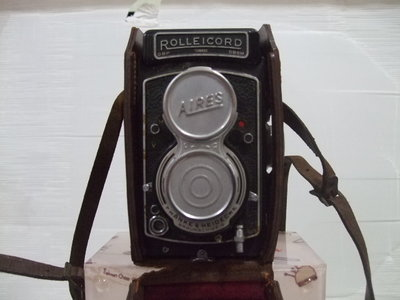 Rolleicord雙鏡頭反光鏡取景照相機(TLR, Twin-Lens Reflex)