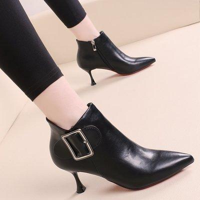 短靴 馬丁靴 高跟 韓版 婚鞋女鞋秋冬新款側拉鏈短筒靴子尖頭細跟短靴高跟中跟皮帶扣裸靴