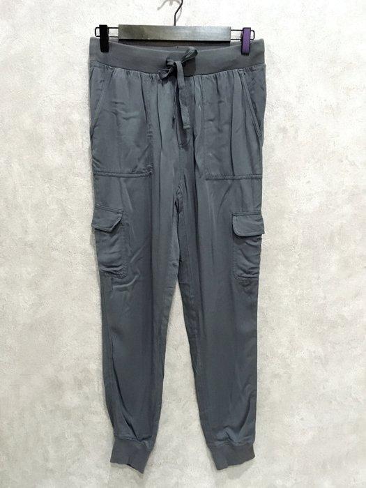 Maple麋鹿小舖 American Eagle * AE 灰綠色休閒縮口長褲 * ( 現貨XS號 )
