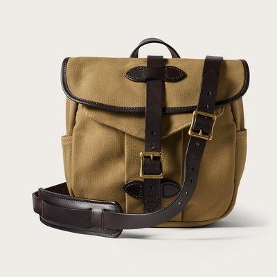 【美國Filson】Field Bag Tan沙棕(卡其色)馬轡皮革厚帆布包 皮革背帶側背包 斜背包 書包公事包 美國製