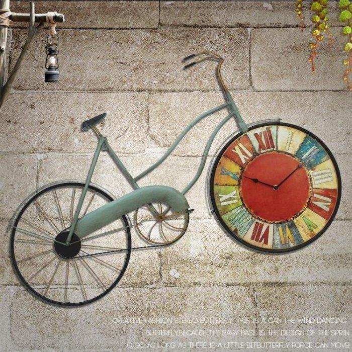 YEAHSHOP 掛鐘吊鐘裝飾美式復古壁掛件咖啡廳創意牆飾酒吧裝飾仿真自行車客廳懷舊掛鐘錶 摩可美家Y185