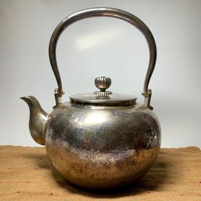 (已蒙收藏)日本古董老件 日本銀壺 純手工敲打 茶壺 純銀