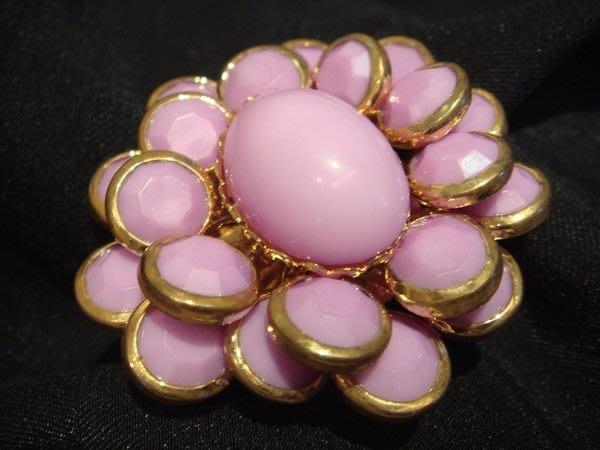美國帶回,全新從未戴過 21 twentyone 粉紅色花朵造型戒指,低價起標無底價!本商品免運費!
