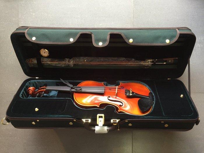 【六絃樂器】全新精選 4/4 演奏級小提琴 / 現貨特價