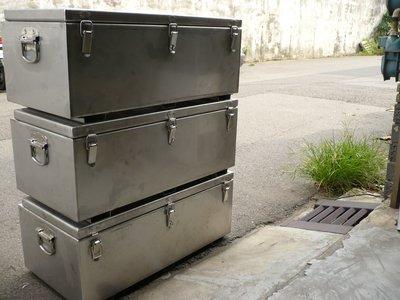 * 全國 ( 首創專利鎖釦 ) 白鐵工具箱 / 置物箱