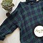 Joyce‧W~*【D99145】☆森林系。斜紋棉復古顯白綠格圓領蕾絲貼布後繫繩長袖連身裙