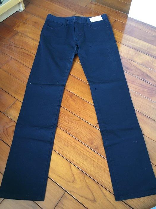 全新 日本帶回 UNIQLO 男款 長褲 深藍色 休閒 穿搭 百搭款 現貨最後一件 大特價