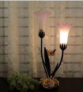 【王哥特賣店】玫瑰花蝴蝶雙喇叭桌燈辦公工作學習雙喇叭桌燈書房床頭桌燈