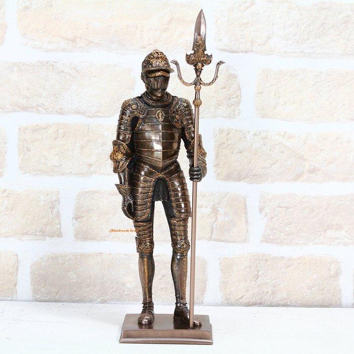 點點蘑菇屋{中古武士擺飾十五}歐洲鐵甲武士 意大利全身盔甲手握戟 精緻雕塑 羅馬武士 現貨 免運