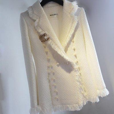 《巴黎拜金女》毛呢外套西裝領女士風衣珍珠扣精品高檔流蘇