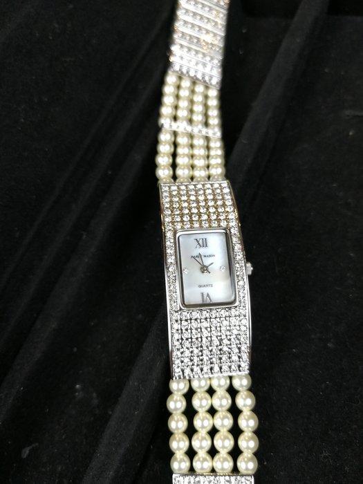 珍珠鑽表(頭等艙精品) Harry Mason 原價 28000