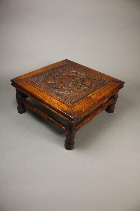 悅年堂 --- 黃花梨 仿竹節編織紋 小凳