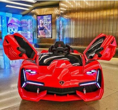 [8585童車]實體店.仿藍寶堅尼造型.12V雙驅動.獨立搖擺馬達.液壓式車門.藍牙遙控.前後超炫排燈.