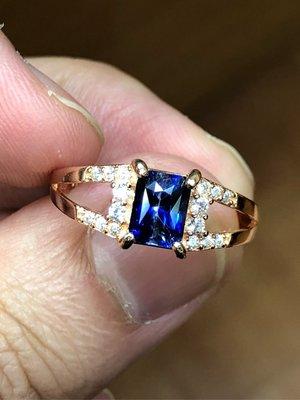 1.30克拉 《錫蘭產Vivid Blue皇家藍藍寶石戒指》《Octagon型天然無燒無處理》《最棒錫蘭產標的等級寶石》《附1200元鑑定證書》