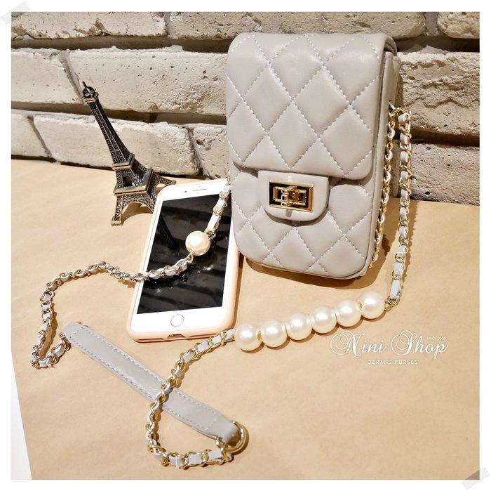 現貨秒出 *NINI Shop* 真皮 羊皮 珍珠鍊帶手機包 -灰色 (刷卡/超取付款)