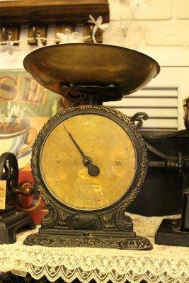 ZAKKA糖果臘腸鄉村雜貨坊    英國SALTER古董秤.黑色銅面古董磅秤.45號西洋秤.古董收藏