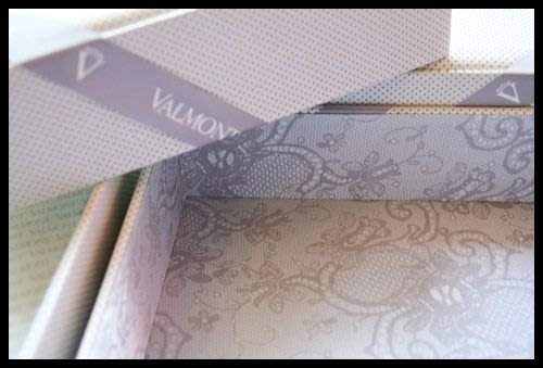 valmont white & blanc 法而曼瑩白無瑕仿洞洞鏤空白色小羊皮黑色蕾絲感限量空禮盒(不含卡詩)