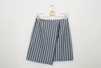 日本製 BE RADIANCE 校園條紋不對稱/不規則 及膝裙/A Line 裙(百搭顯瘦)