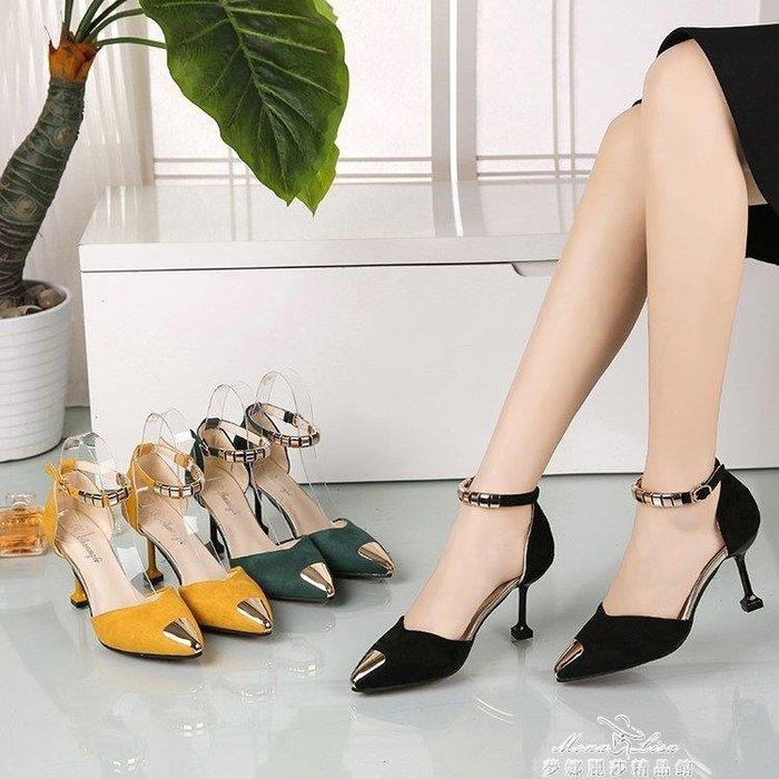 「免運」韓版春新款貓跟中空尖頭鞋一字扣帶高跟鞋細跟包頭涼鞋女中跟 『菲菲時尚館』