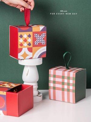 AM好時光【M416】幾何格紋 紅綠方形手提包裝盒5入❤新年聖誕節派對禮物禮品盒 西點常溫蛋糕鳳梨酥瑪德蓮雪花酥餅乾餐盒