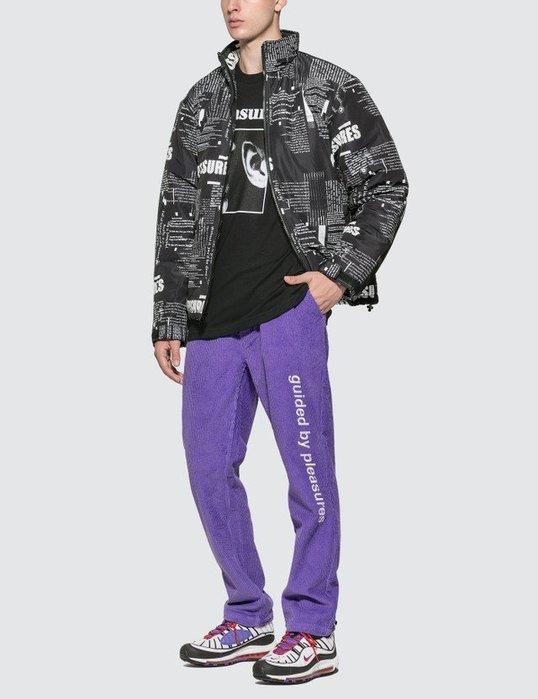 Giantmall PLEASURES WISPER T -SHIRT 黑色 短袖短T 美式嘻哈街頭潮流 Kaws可參考
