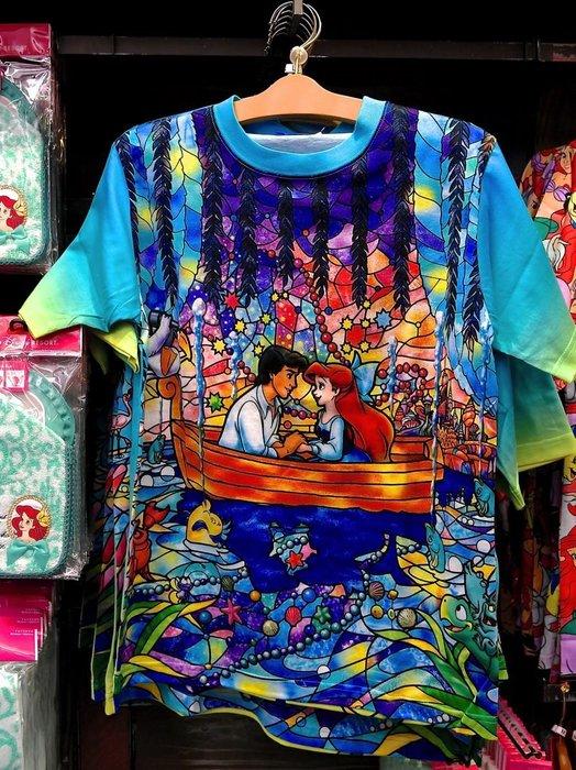 Ariel's Wish預購-日本東京迪士尼海洋小美人魚愛麗兒kiss the girl成人版滿版T shirt