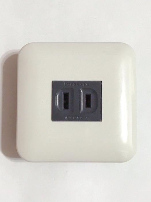 【高雄日電行】日本原裝 Panasonic 國際牌松下 WNF1001H 埋入式單插座 寬迷你插座板 ,圓形白色