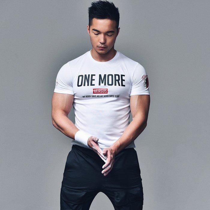 【OTOKO Men's Boutique】固制:360°透氣排汗訓練運動短袖/白色/(台灣獨家代理)