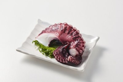 【年菜系列】熟章魚切塊/約200g~解凍即可食用,可做沙拉或章魚燒,方便好吃