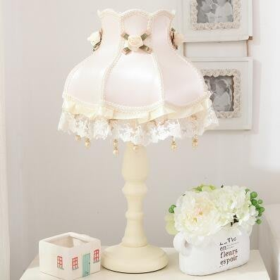 歐式溫馨婚房韓式公主兒童房女孩創意蕾絲少女心檯燈臥室床頭櫃燈(A款-不贈送燈泡)