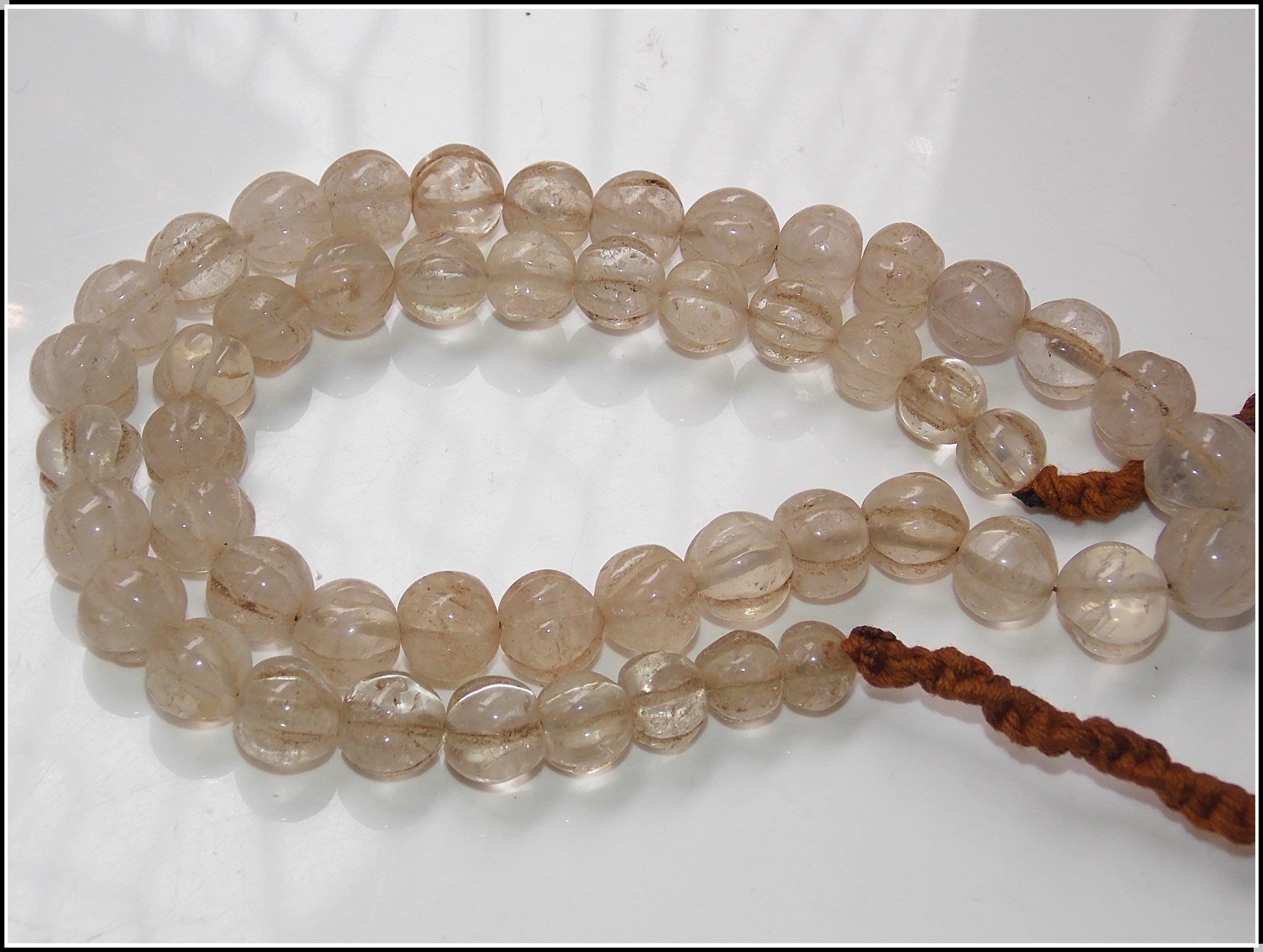 【雅之賞|藏傳|佛教文物】特賣*純天然8-11mm老水晶瓜稜珠一串45cm~601070