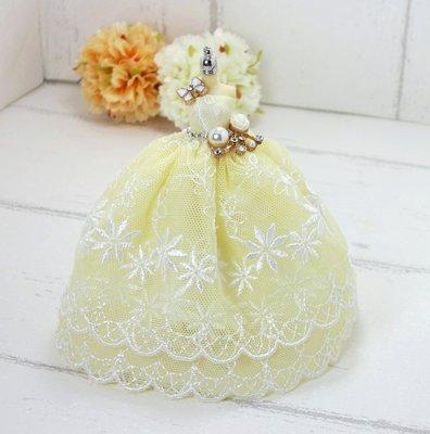 檸檬手作飾品   雙層黃色蕾絲小花迷你立體小禮服手作鑰匙圈/包包吊飾