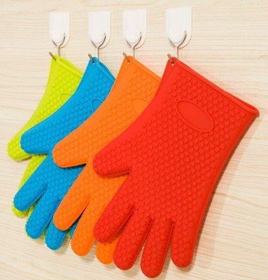 【NF178太陽手套單隻】 矽膠隔熱手套 加厚心形防滑矽膠手套微波爐手套矽膠烘焙工具隔熱手套五指