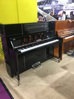 YAMAHA中古鋼琴批發倉庫 日本原裝山葉鋼琴YAMAHA (原木色) 網拍超低38000