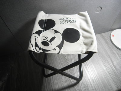 全新 迪士尼 歡樂米奇休閒椅 DISNEY MICKEY 正版 露營 折疊椅 輕便 好攜帶