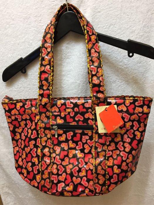 [變身館日本服飾]~Decent~托特包~水桶包~帆布包~肩背包~萬用包~手提袋~防水~愛心~日本進口~全新現品~出清價